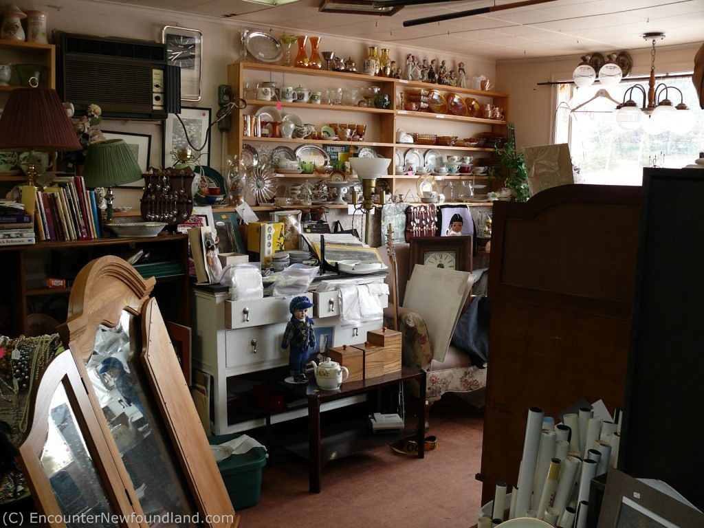 Deer Lake Antique Shop