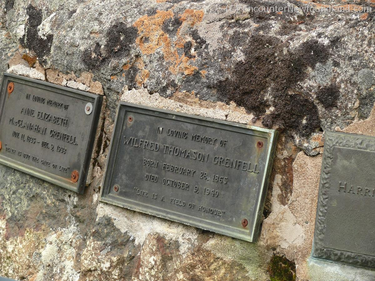 Grenfell Grave on Tea Hill