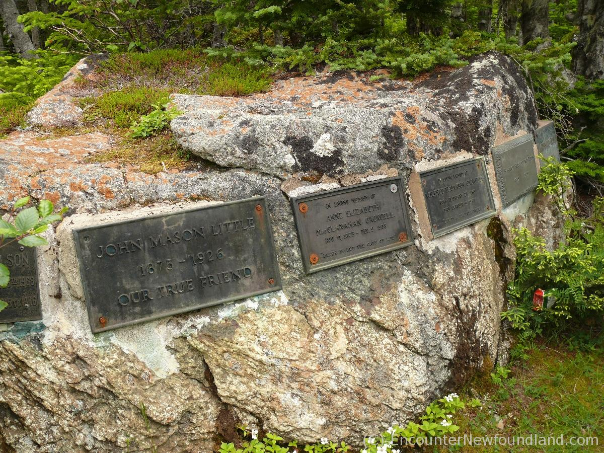Stone Graves on Tea Hill