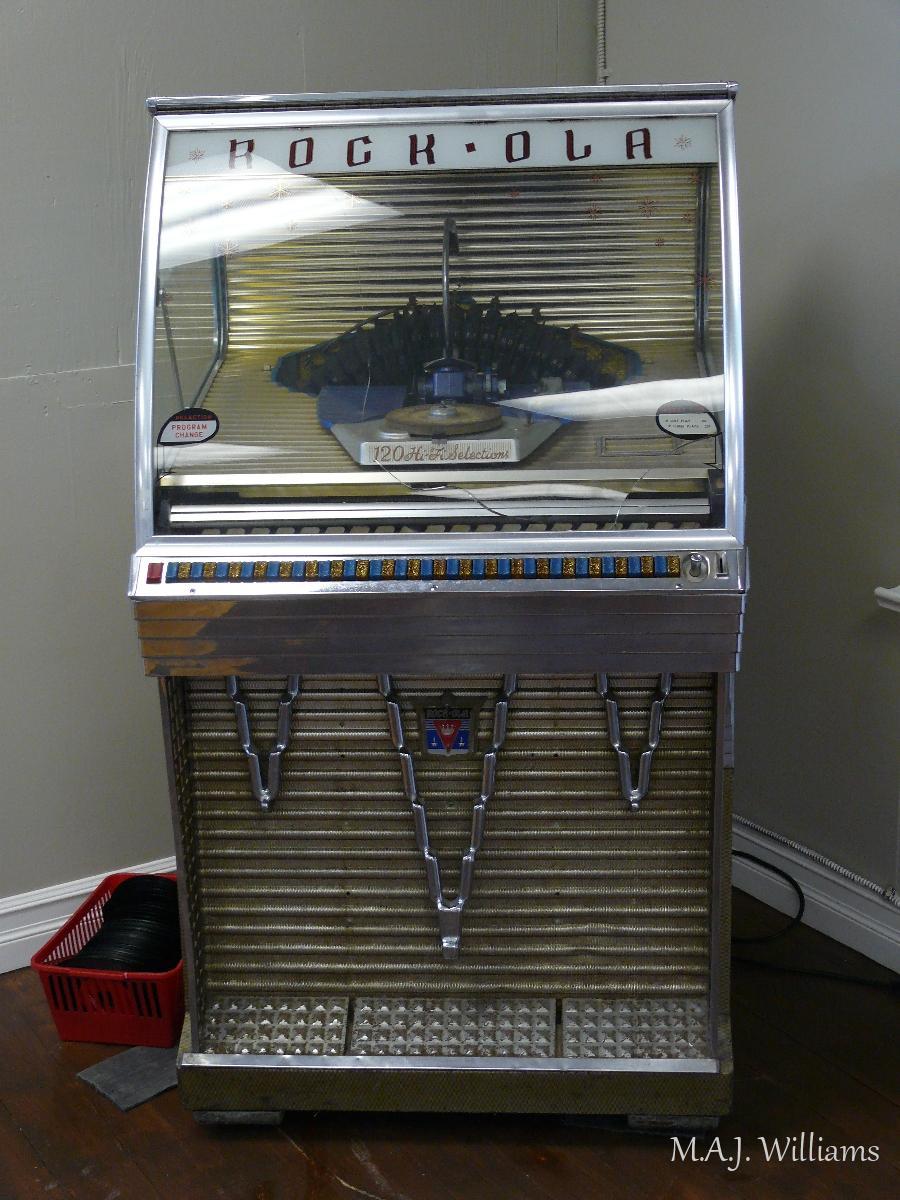 Old Juke Box
